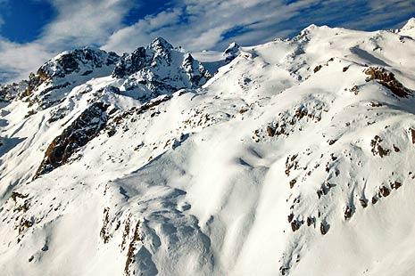 Ski off-piste